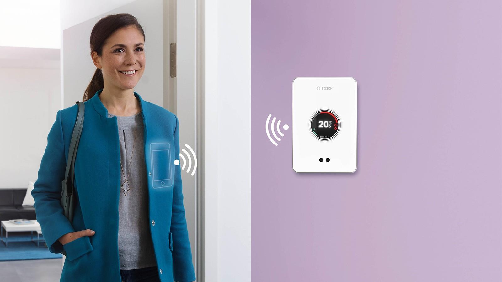 Termostato digitale intelligente EasyControl di Bosch, facilmente installato in una casa per avere maggiore comfort e risparmio energetico in ogni stanza